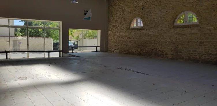 LOCAUX 1554 m² SALON DE PROVENCE