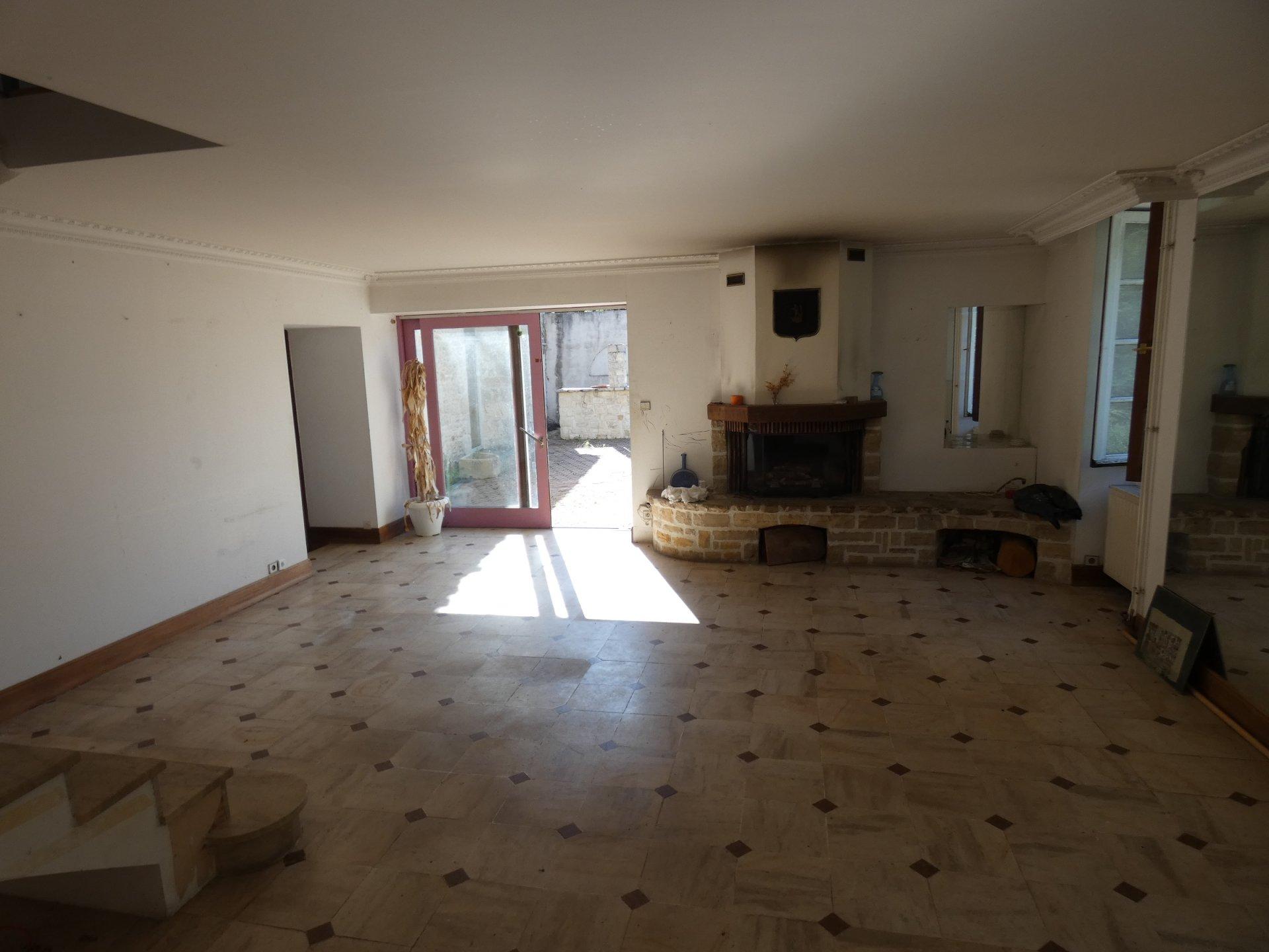 Val de bonnieure Maison atypique de 200 m² habitable