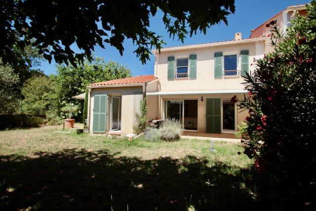Moderne villa met 4 slaapkamers en garage - Roquebrune-sur-Argens