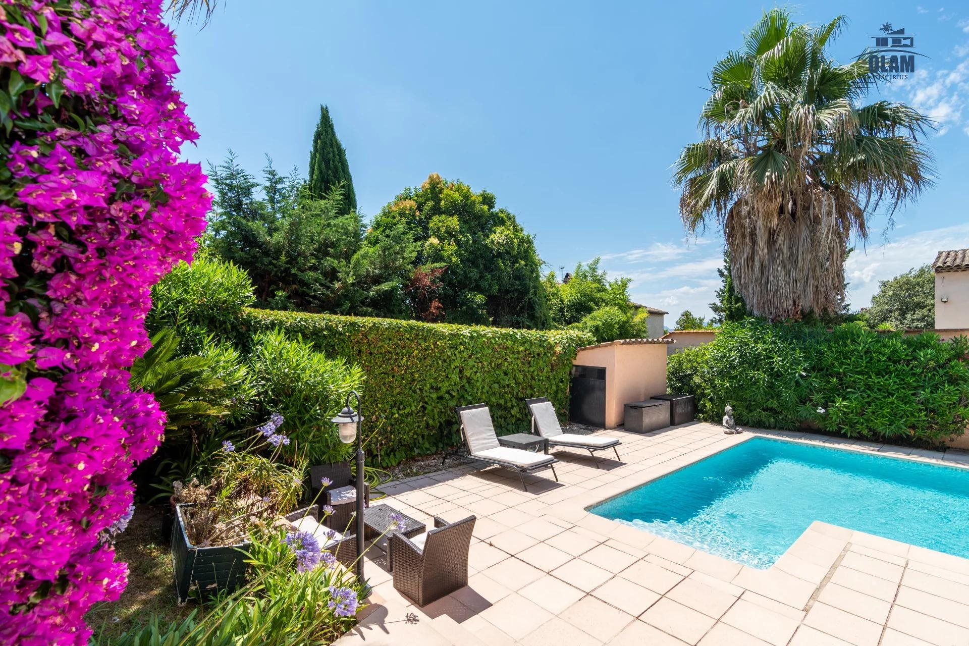 Superb 5 room house with pool and spacious exterior mougins