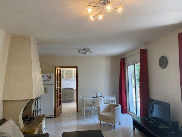DEMEURE DE CHARME 7 PIECES SUR 2088 m² DE TERRAIN
