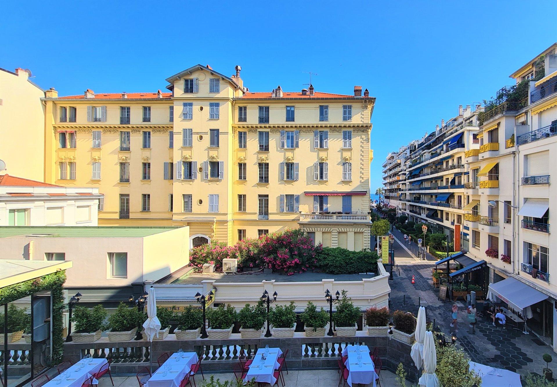 NICE/Carré d'Or - Magnifique 3/4P bourgeois, sud, balcon et vue dégagée