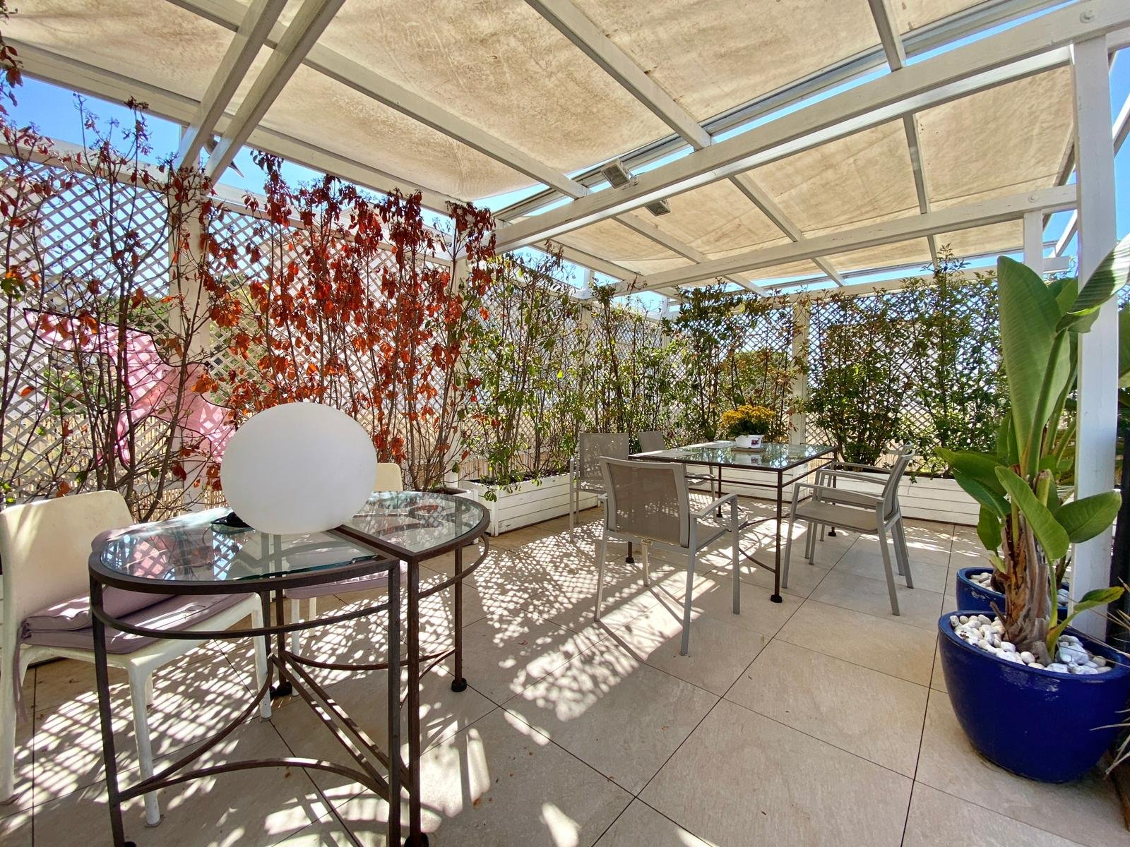 A vendre - Villa sur toit 4/5 pièces - Cannes