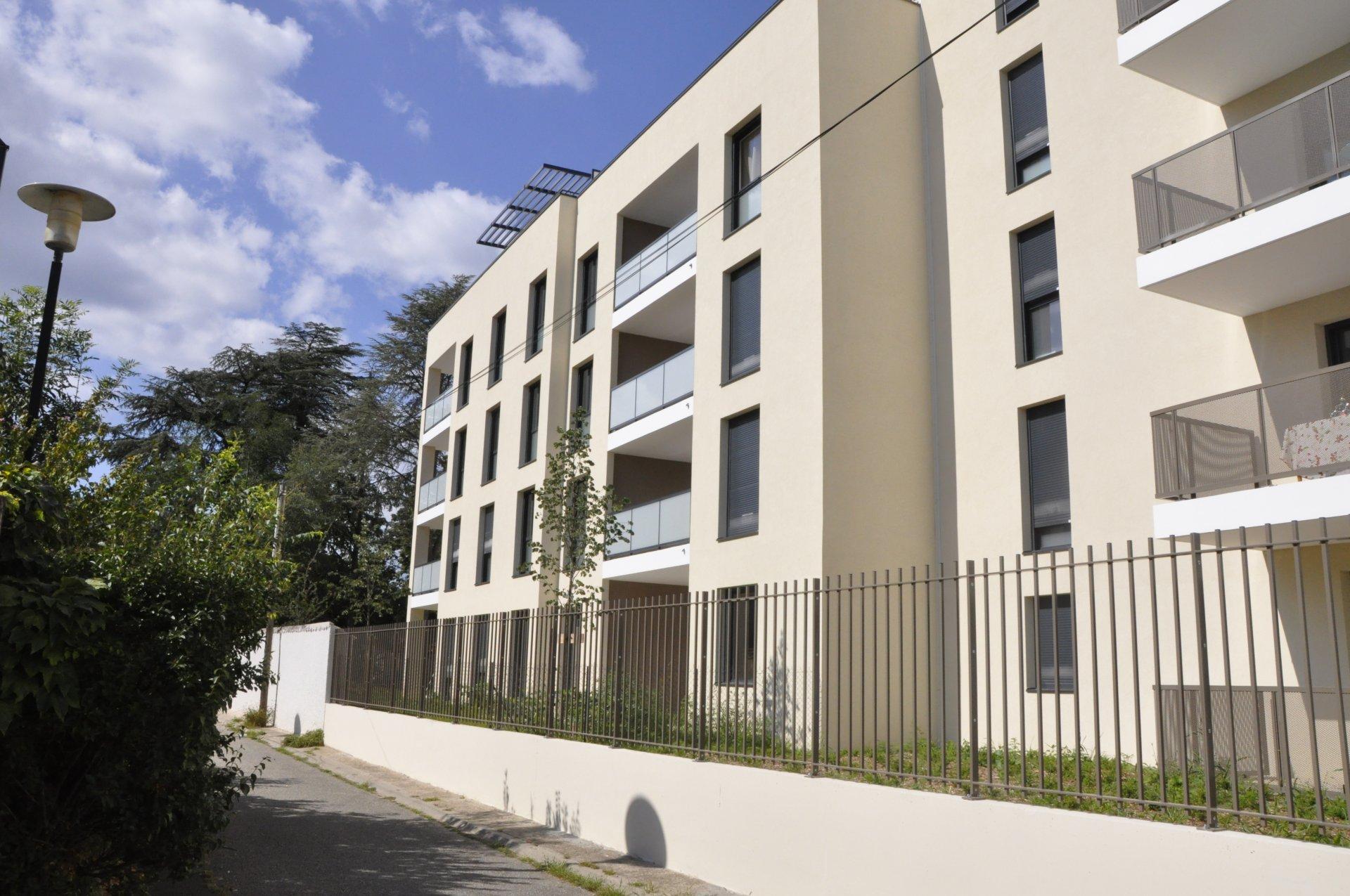 CALUIRE - T3 neuf 58.96m² balcon et box double fermé