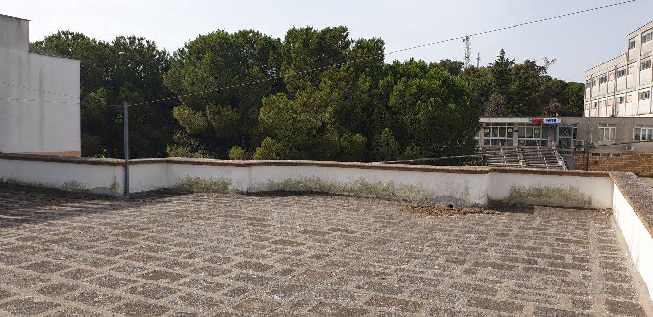 Casa indipendente con giardino,garage ed area solare