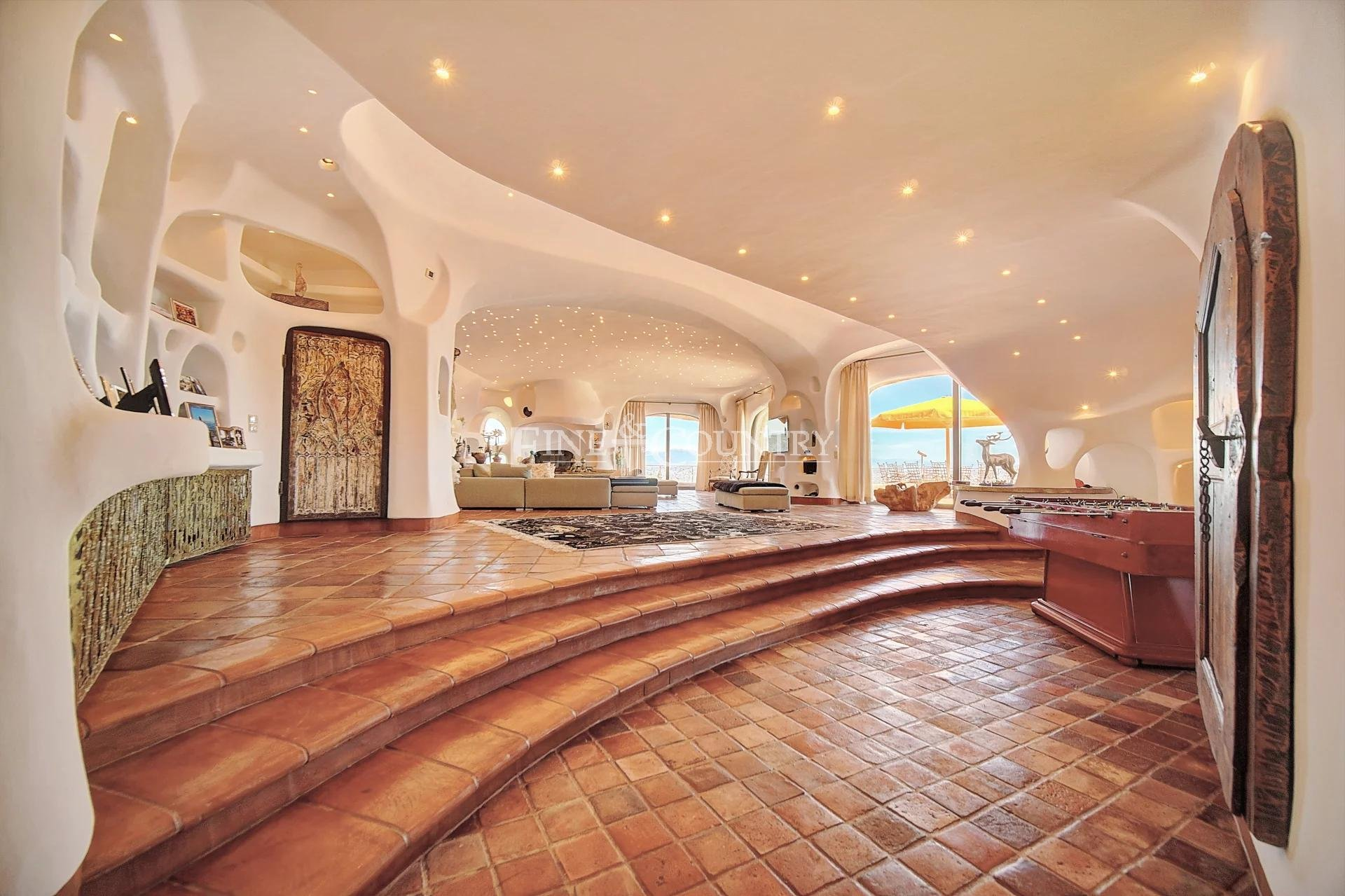 Villa exceptionnelle à Vendre à Cannes, France