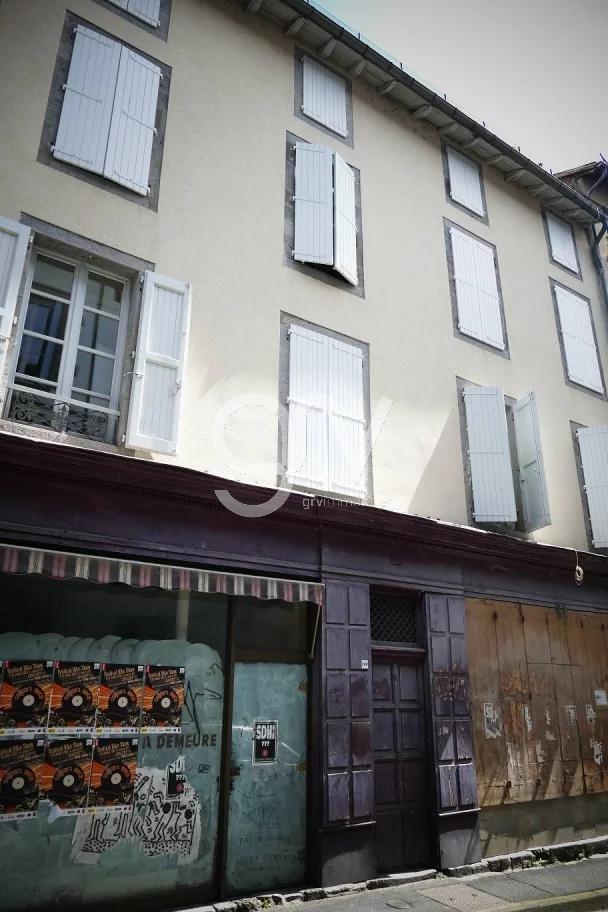 Sale Building - Aurillac