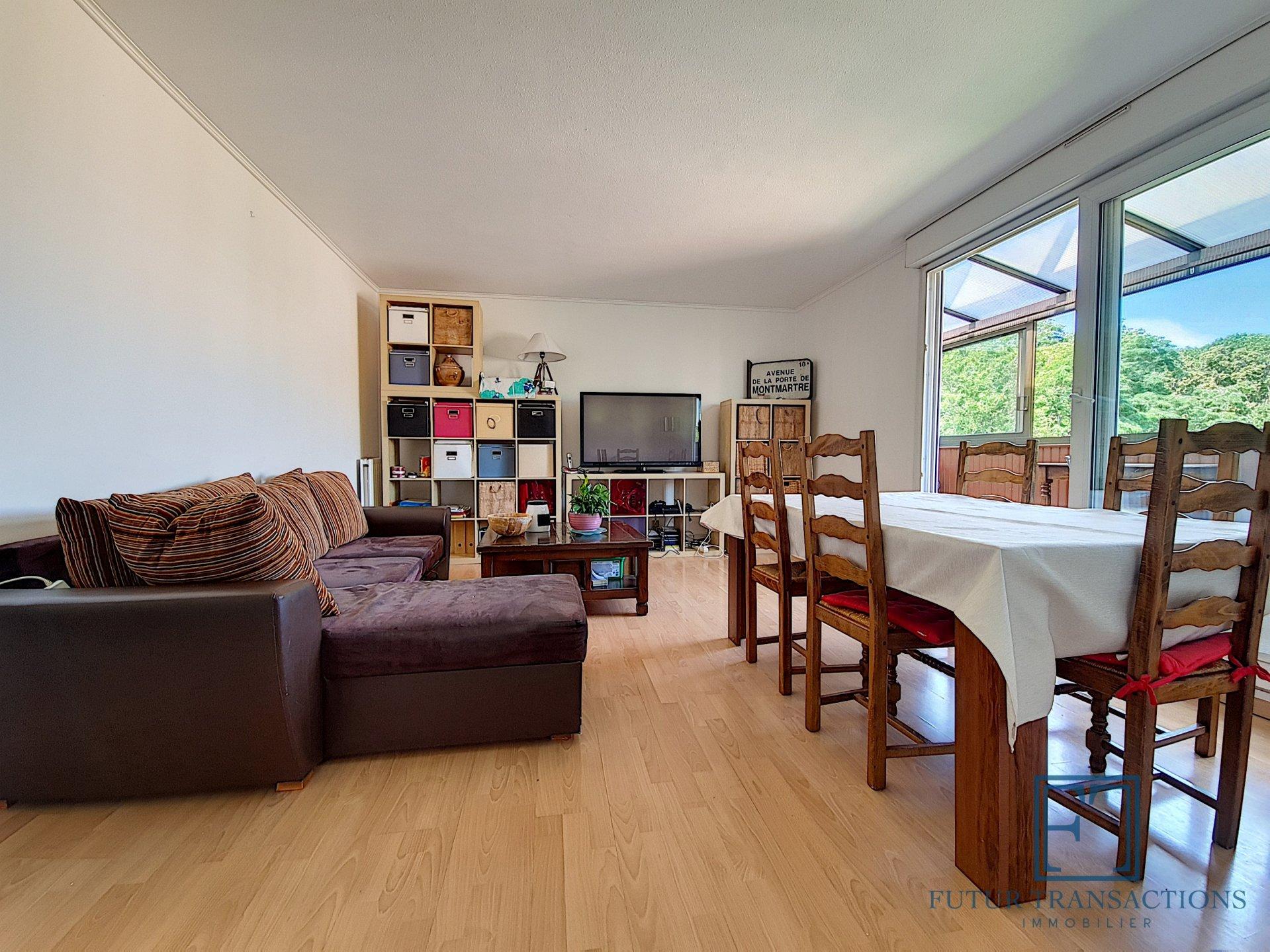 Appartement en dernier étage - Bois de la Grille