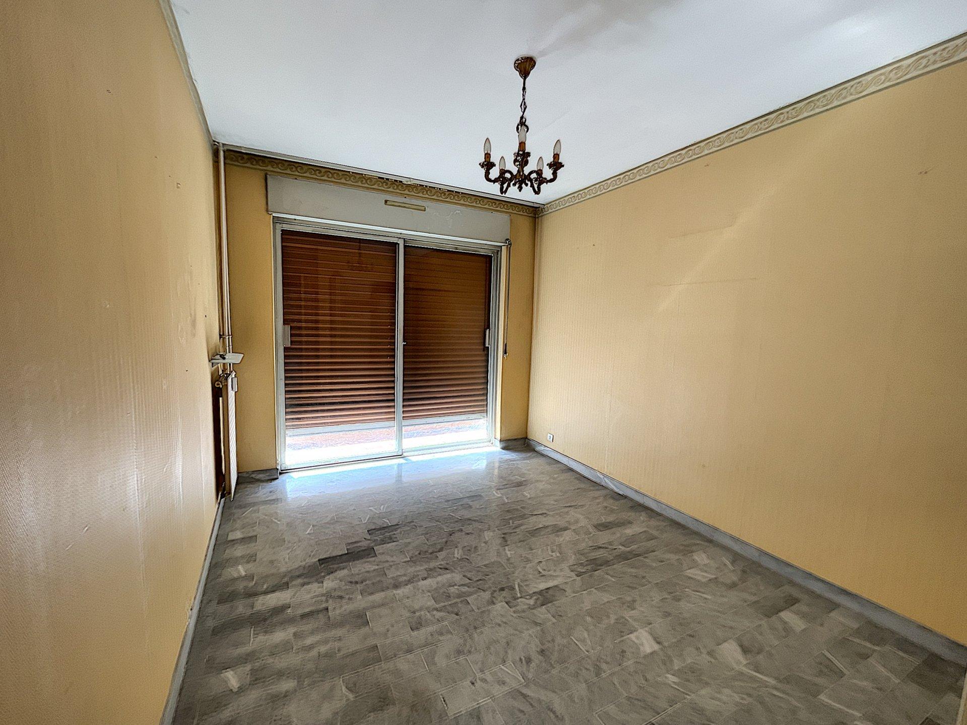 Cannes-La-Bocca - 3 rooms 60 sq.m