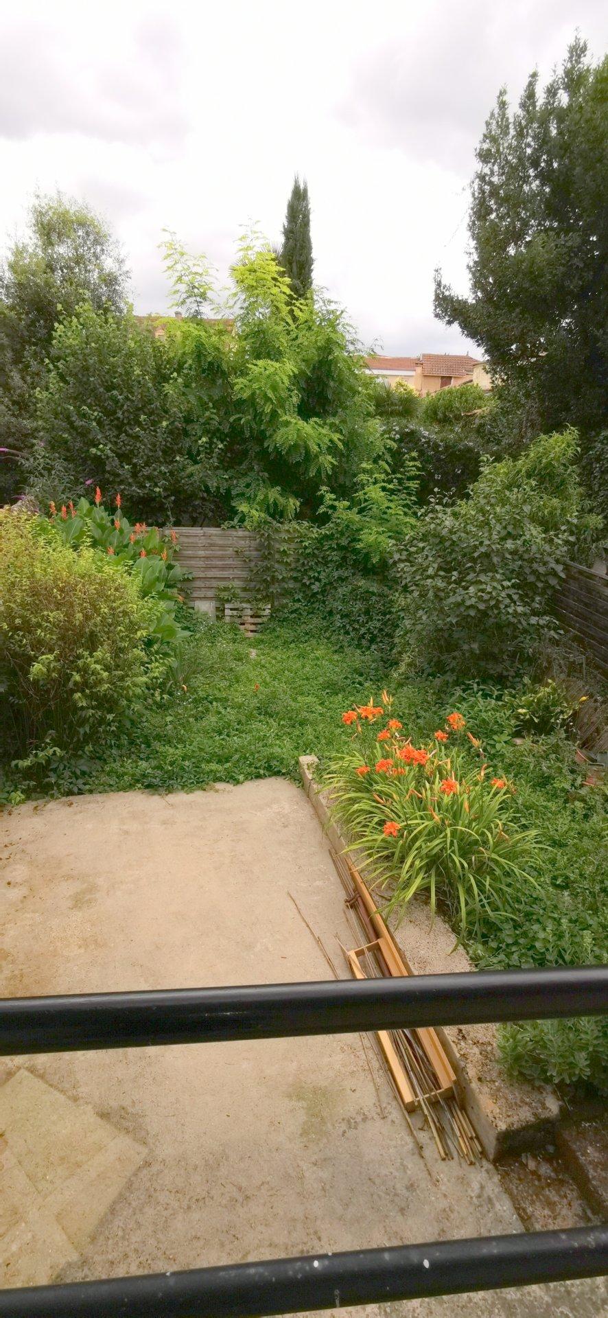 Maison années 1930 rénovée avec jardin