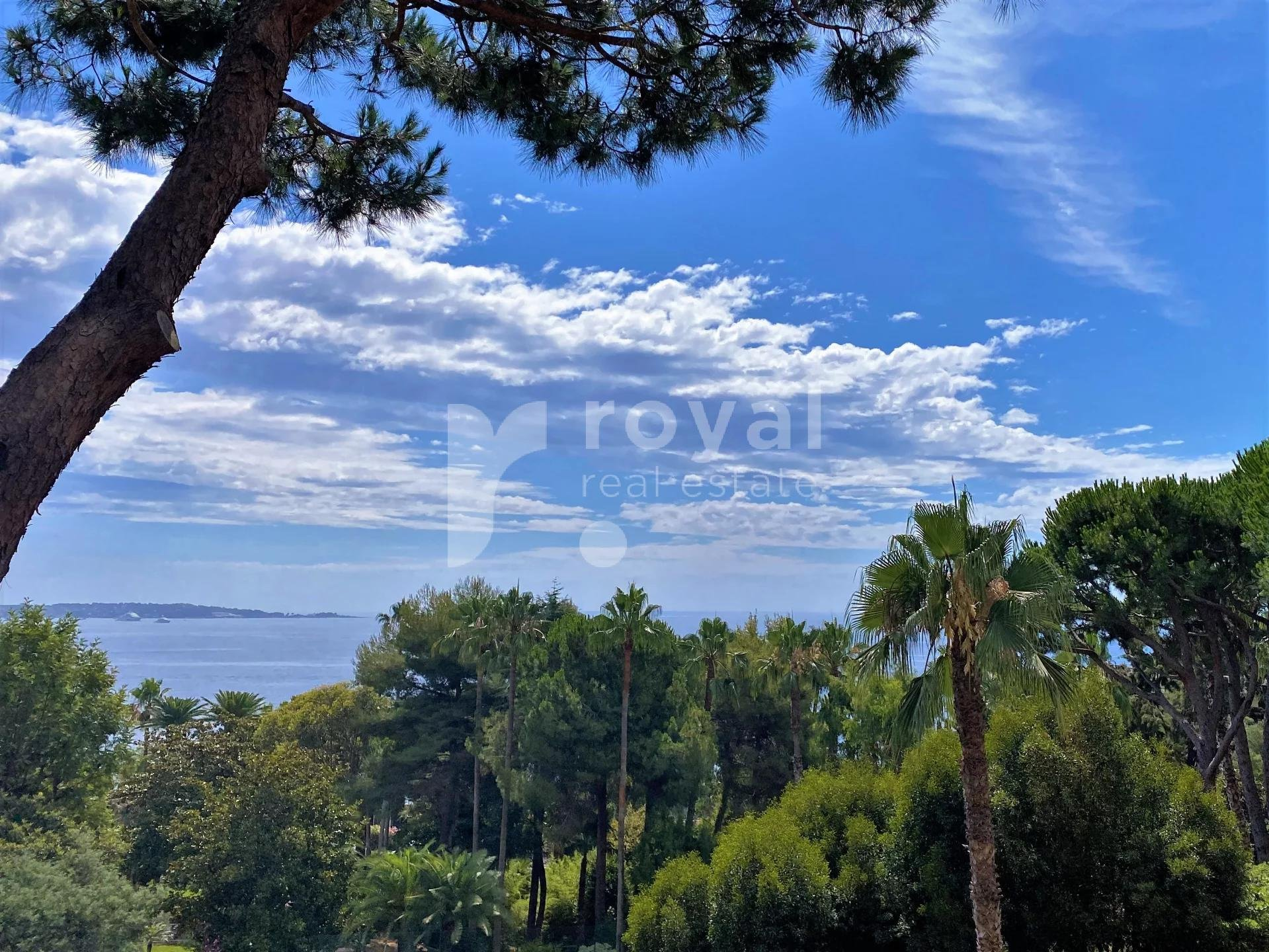 Close to Cannes - Amazing sea view apartment