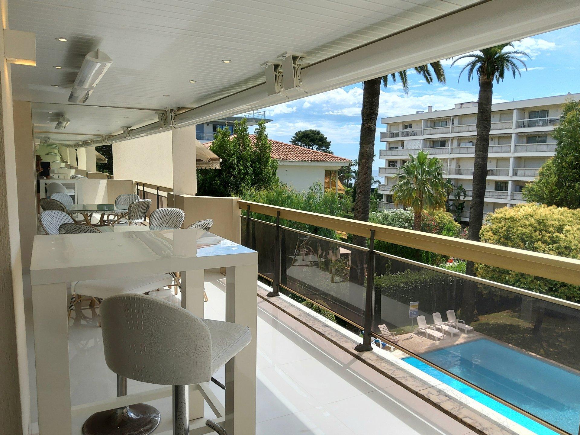 High-tech apartment 4P Palm Beach sea view large terrace near the beach