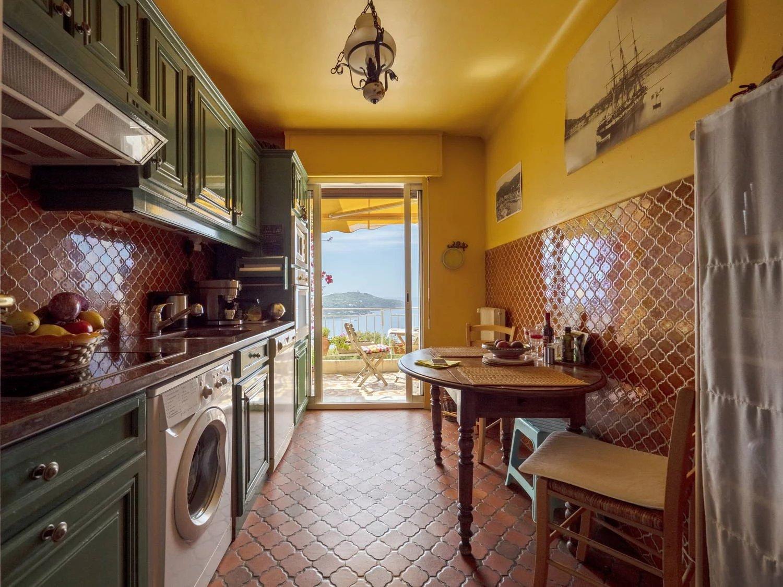 Sale Apartment - Villefranche-sur-Mer Basse Corniche