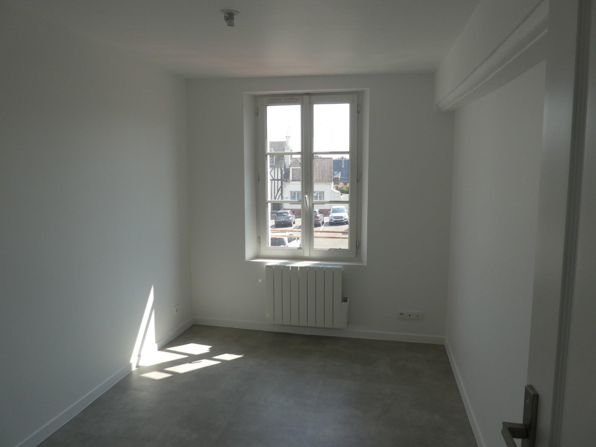 Rental Apartment - Mesnils-sur-Iton