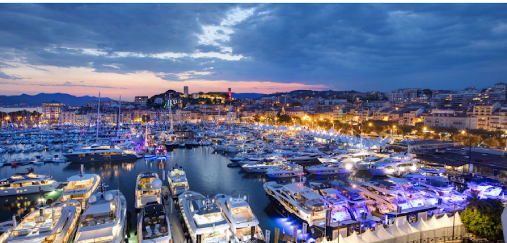 Cannes 1 minute Palais, Croisette and beaches