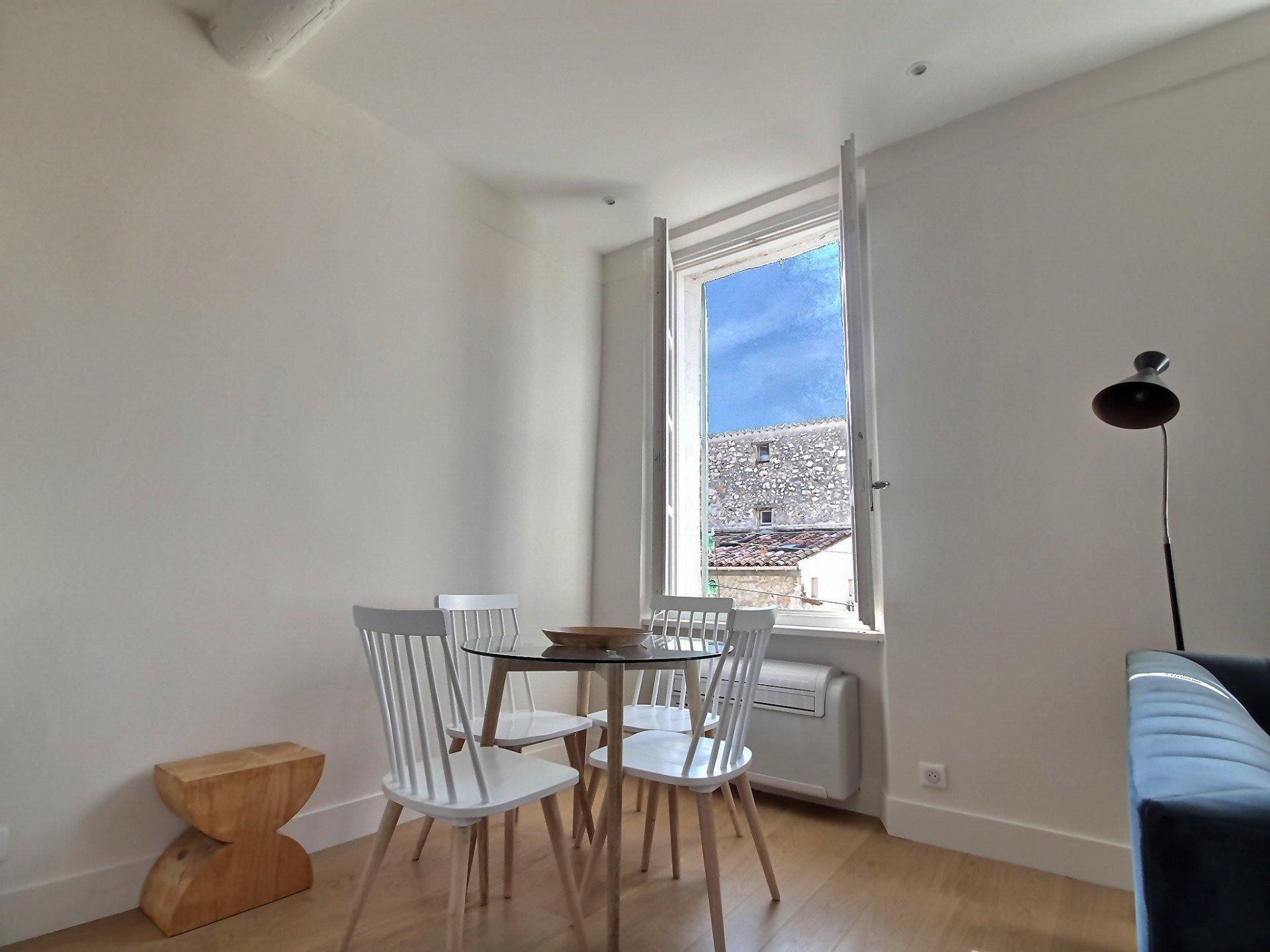 Sale Apartment - Antibes Vieil Antibes