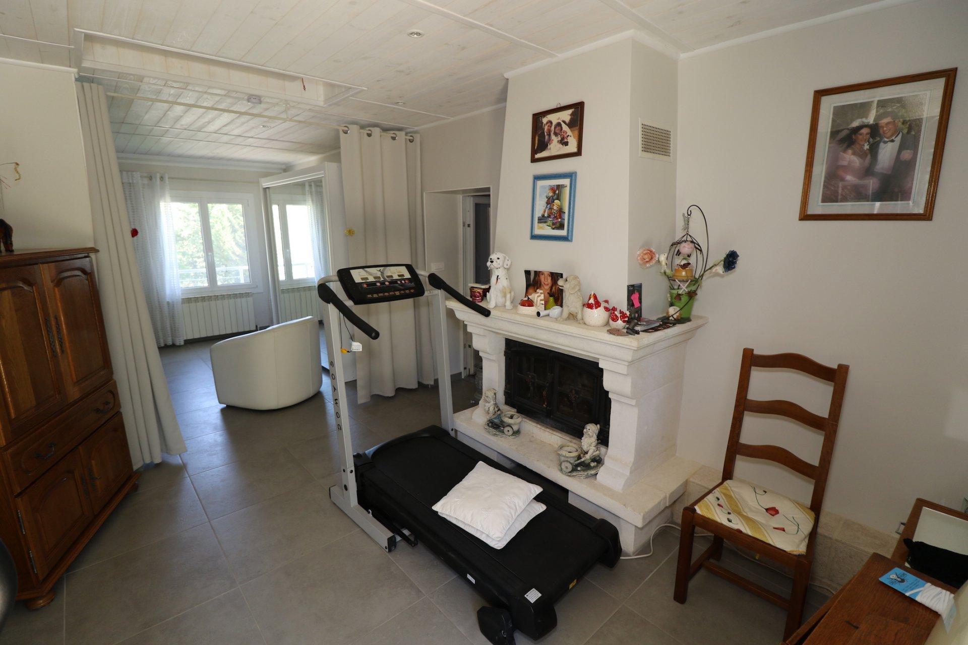 Sale Villa - Camps-la-Source