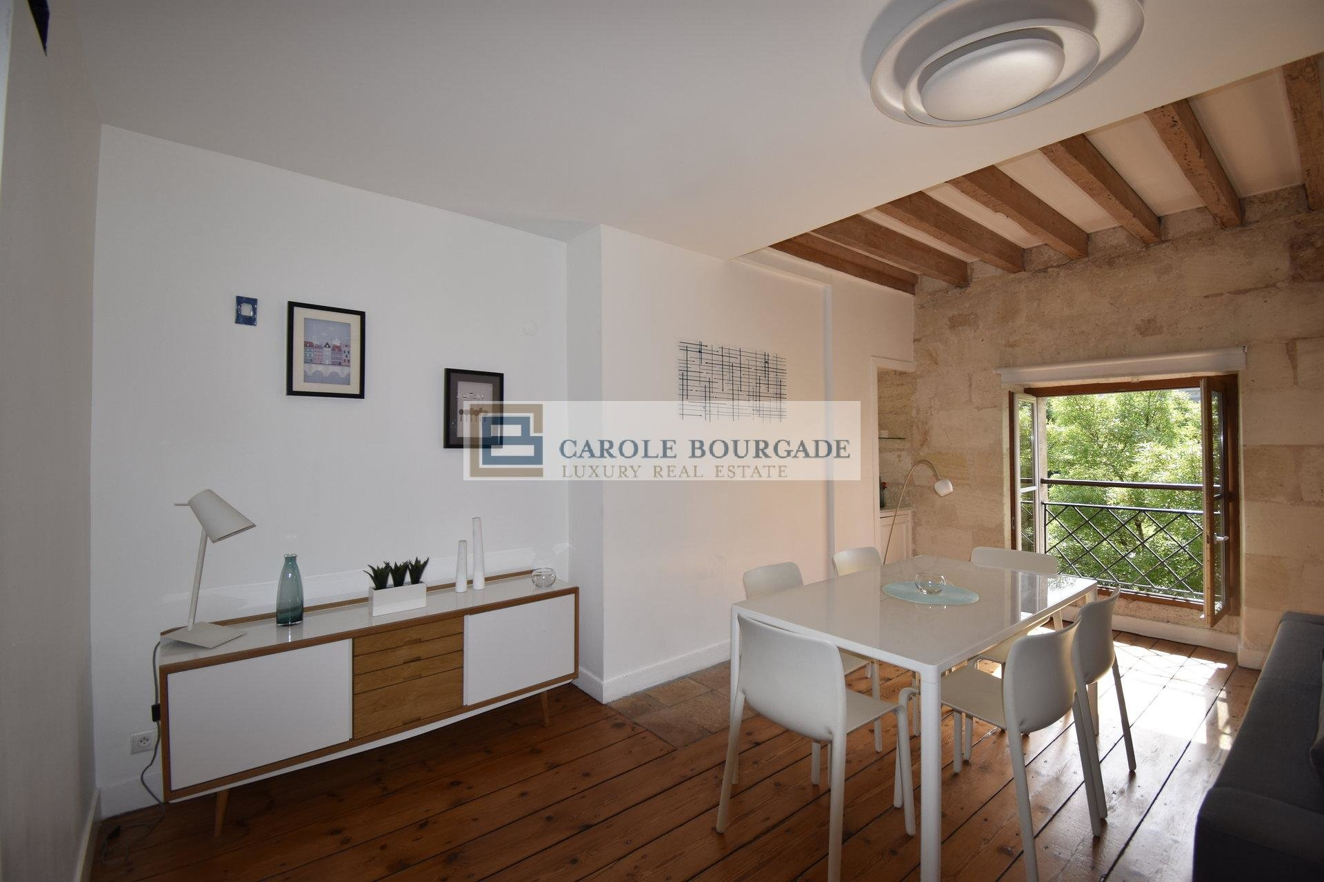 DUPLEX T4 3 BEDROOM FURNISHED APARTMENT BORDEAUX TRIANGLE