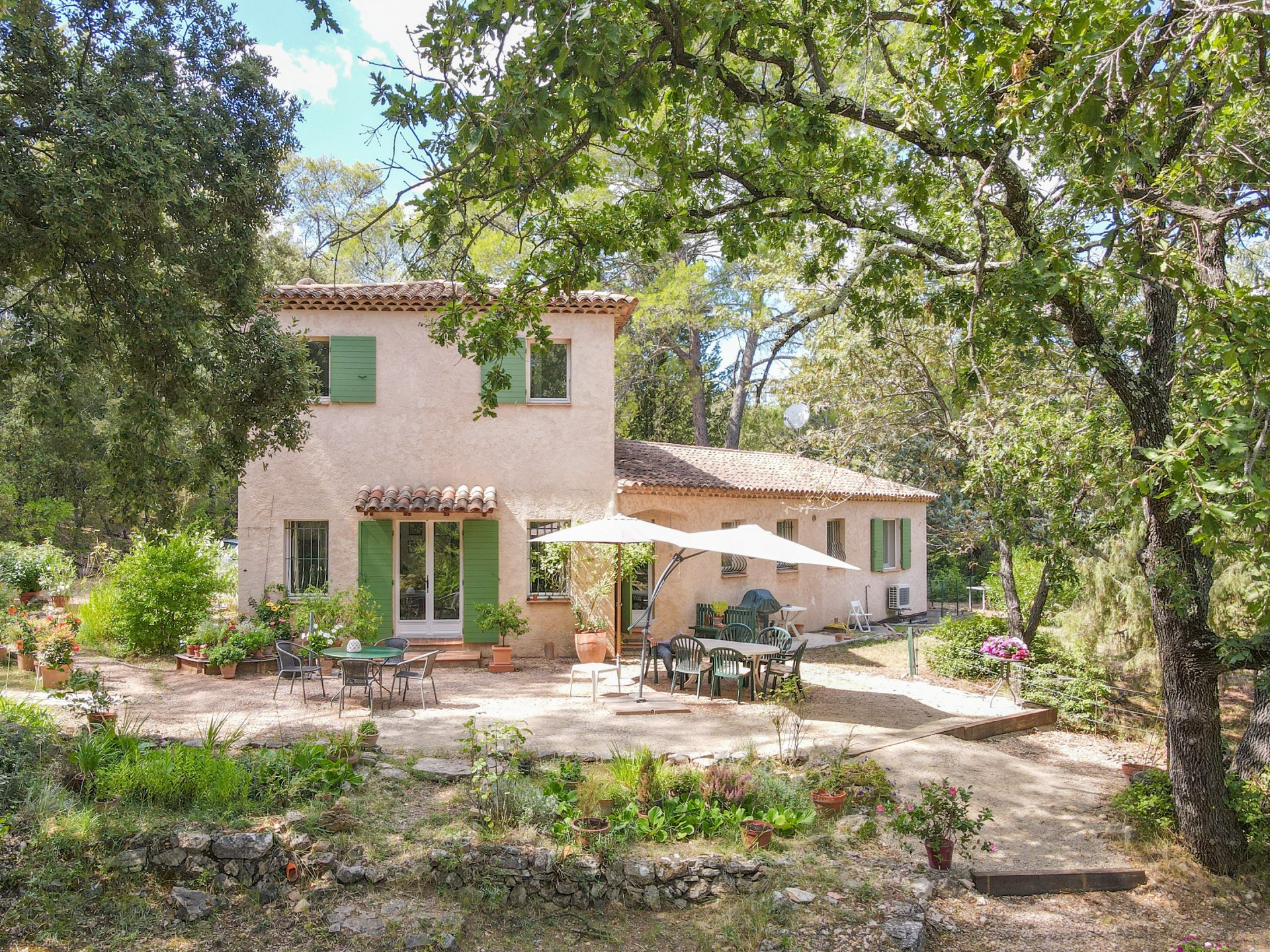 Charming Provencal house with swimming pool, only 3 km from Lorgues