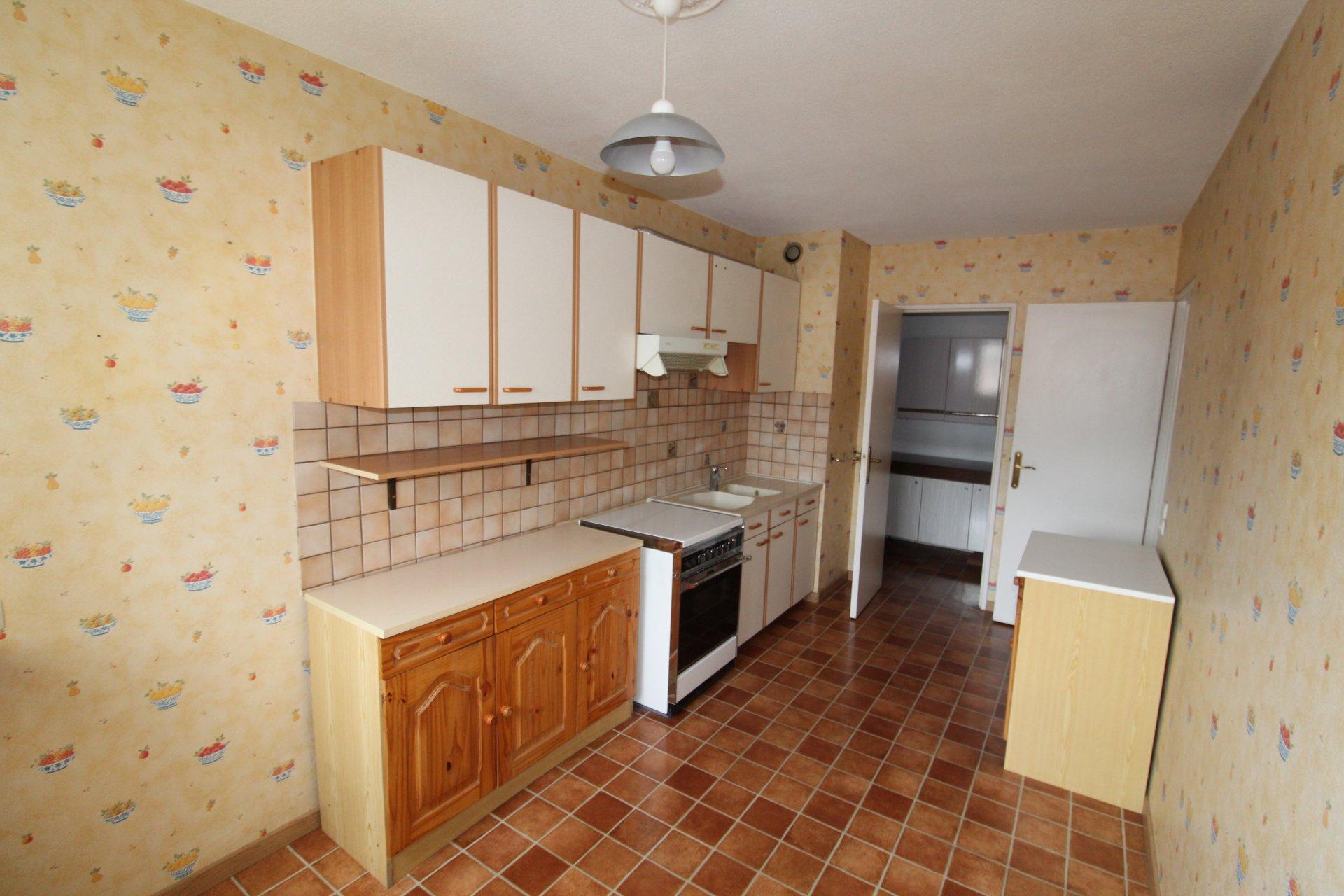 Appartement Saint Etienne Bergson 2 pièces 59m2 avec garage et balcon