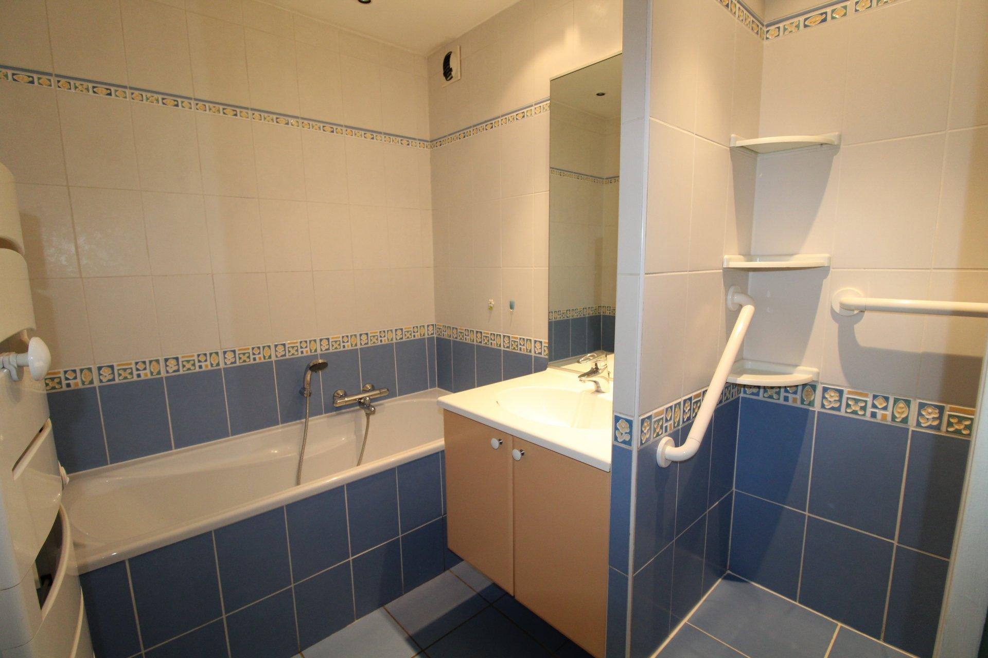 Appartement Saint-Etienne / Bergson 4 pièces 86m2 avec balcon et garage