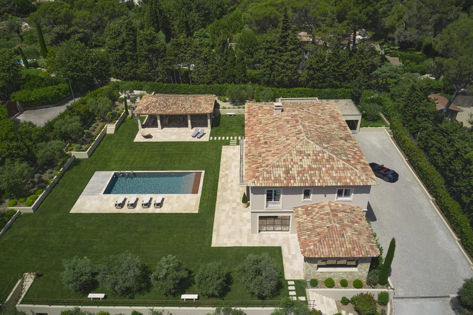 Exclusivité Villa Bastide à Vendre Mougins Village 5 chambres en suites