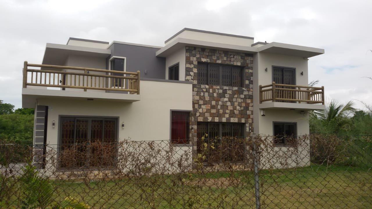 Grande Maison Moderne