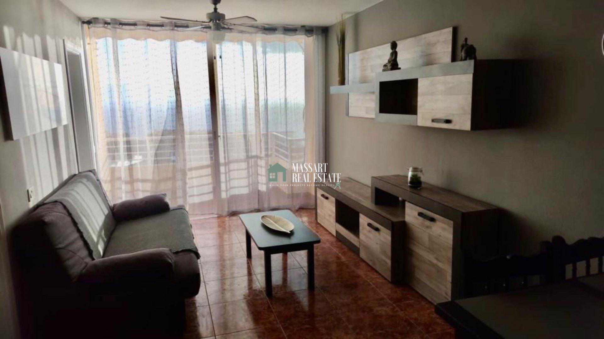 Appartement de 70 m2 entièrement meublé et récemment rénové avec une vue magnifique sur l'île de La Gomera et Los Acantilados de Los Gigantes.