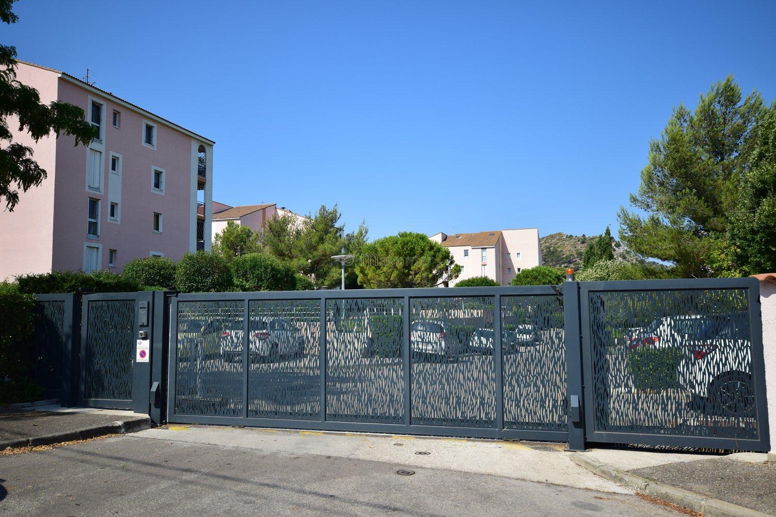 Appartement de type 3 + Terrasse + Garage - Hauts de Mazargues