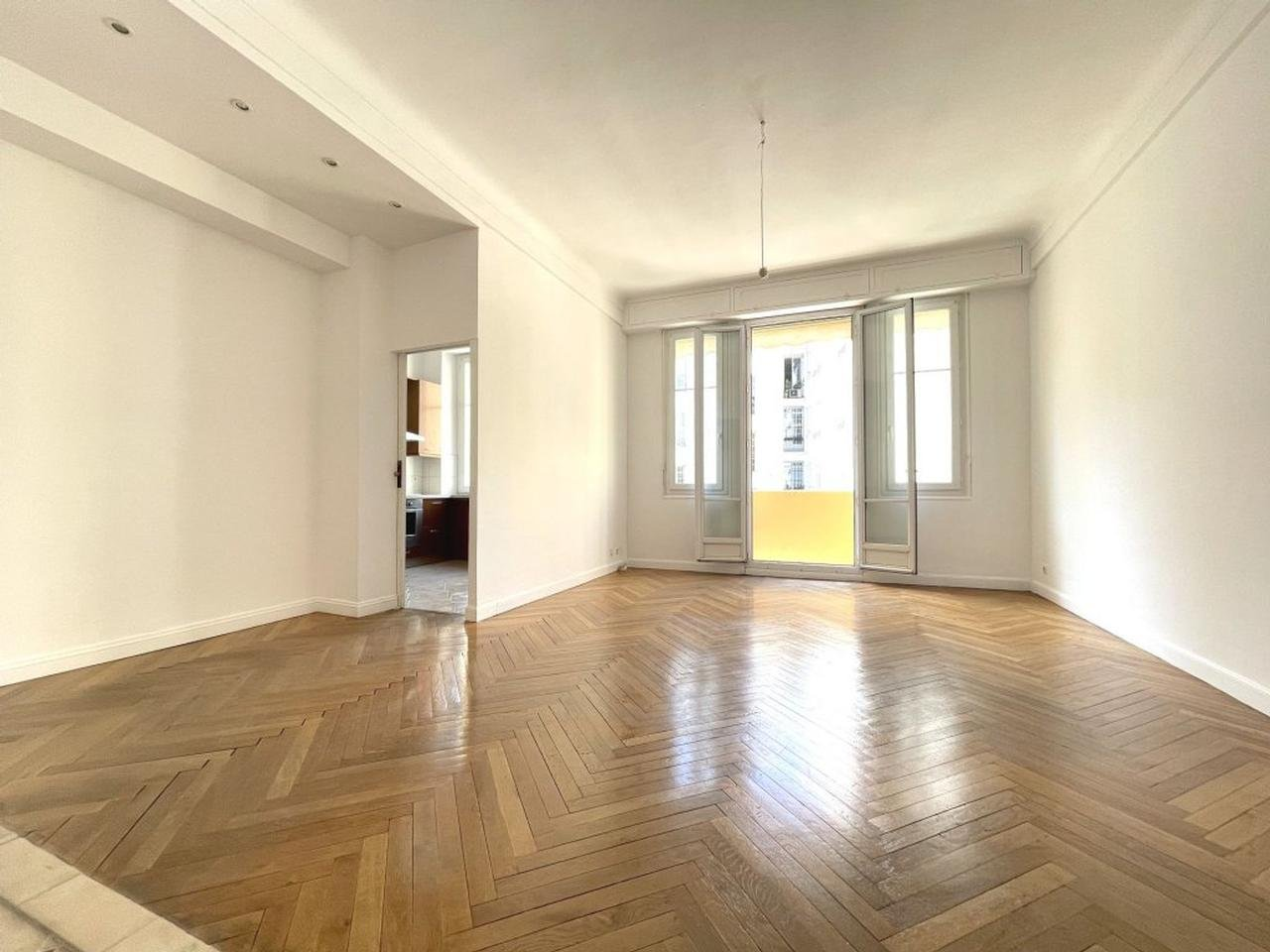 Appartement  3 Rooms 95.45m2  for sale   375000 €