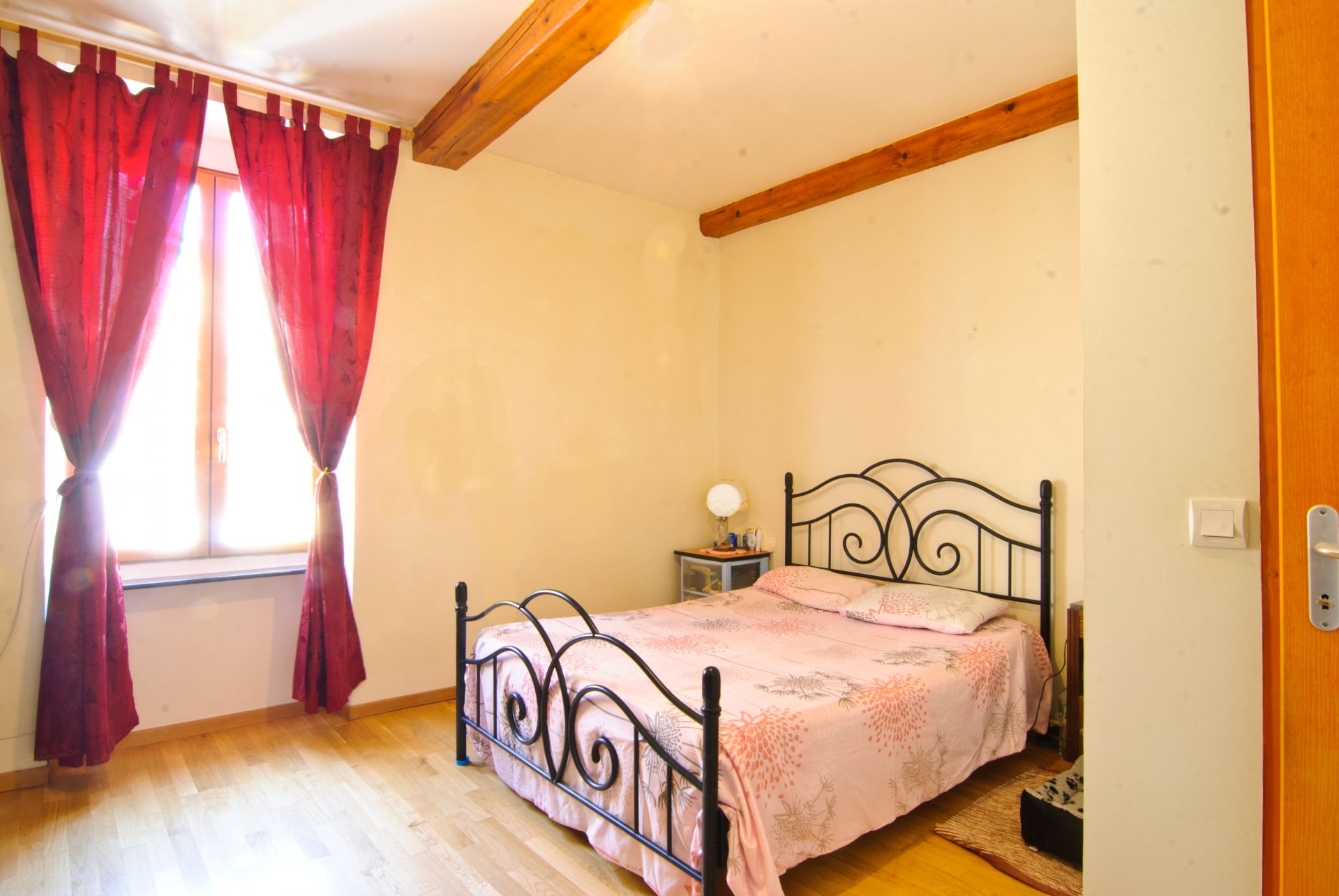 Beautiful town house - 4 bedrooms - ready to move in