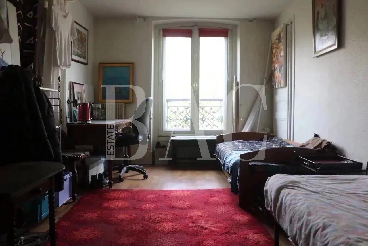 Париж, 10-3-комнатная квартира рядом с Восточным вокзалом