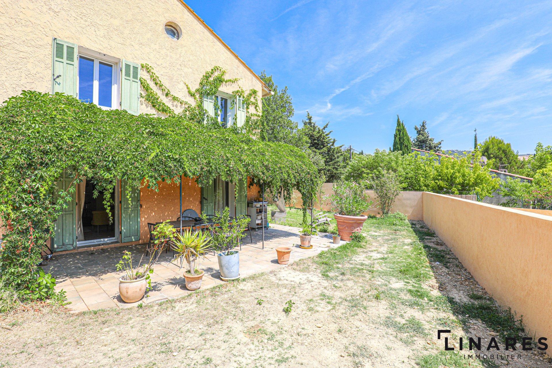 LA CHARMANTE - Villa T4/6 de 130m2 avec jardin piscinable
