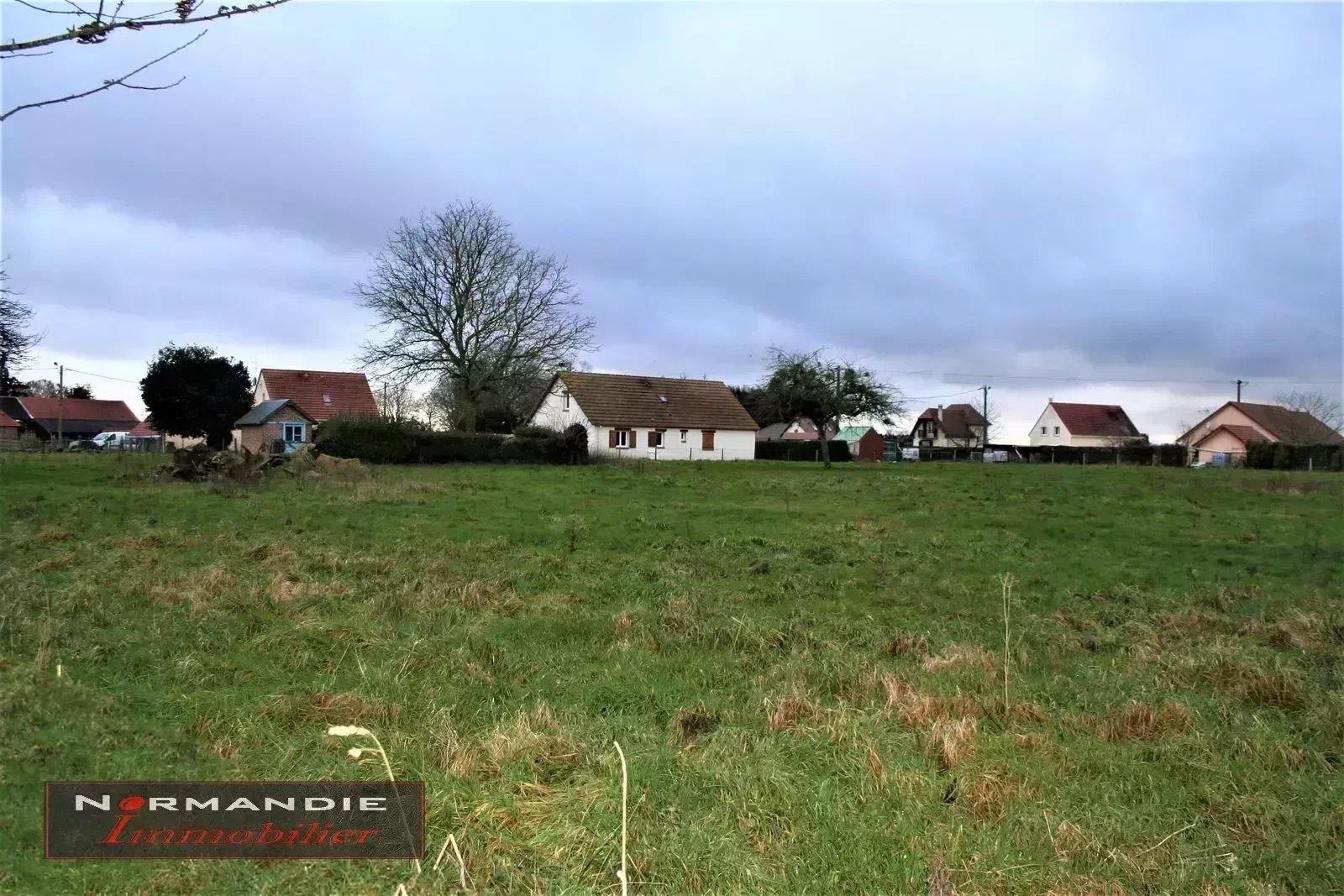 Terrain à bâtir viabilisé de 800 m² prix 45 000 euros à 2 minutes de Fleury sur Andelle