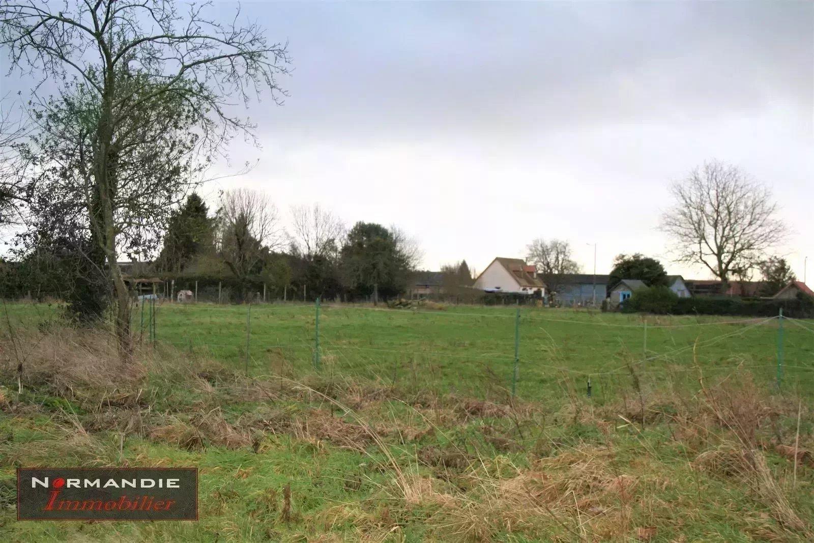Terrain à bâtir viabilisé de 884m² prix 47 000 euros à 2 minutes de Fleury sur Andelle