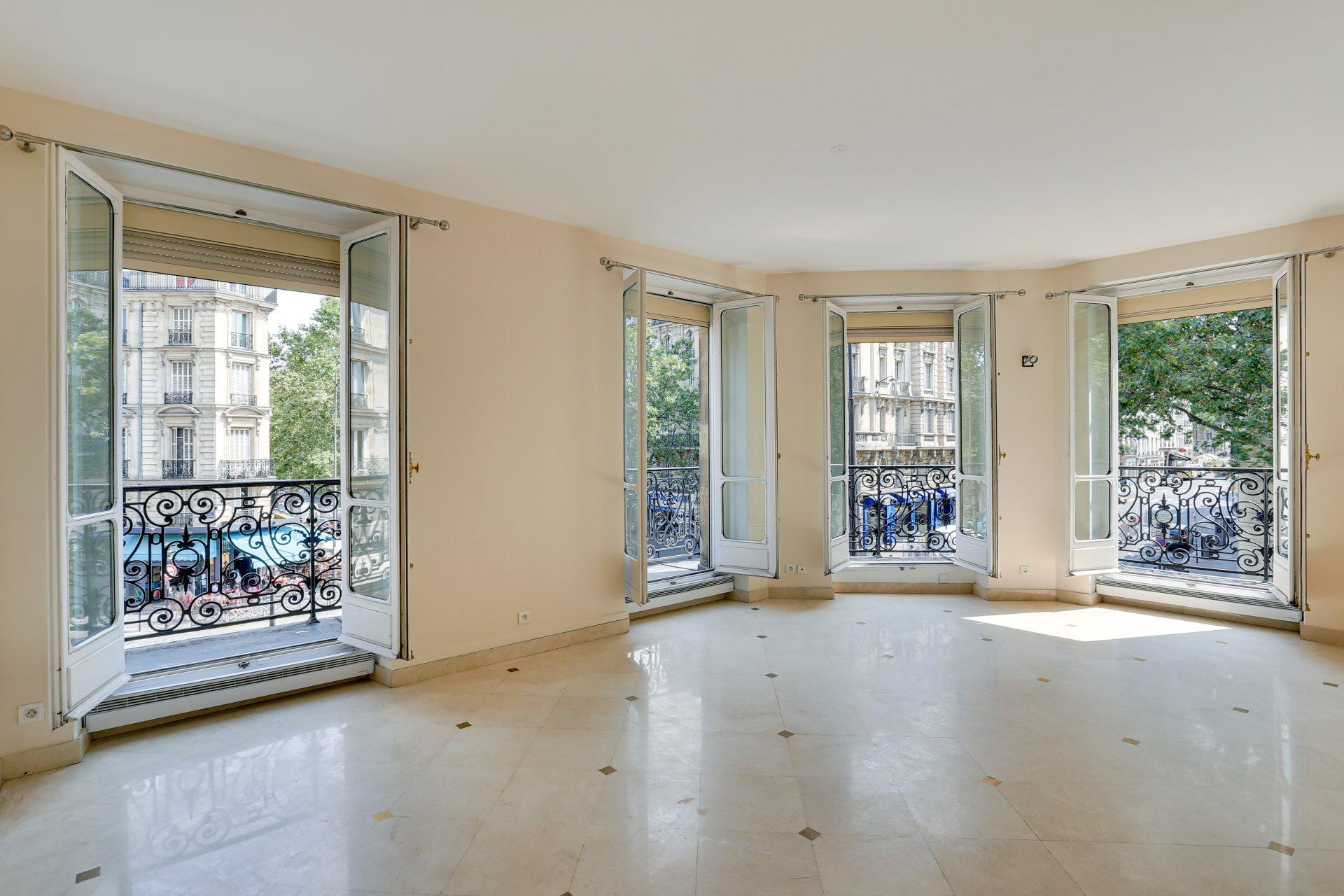 Rental Apartment Paris 5th Champs-Élysées