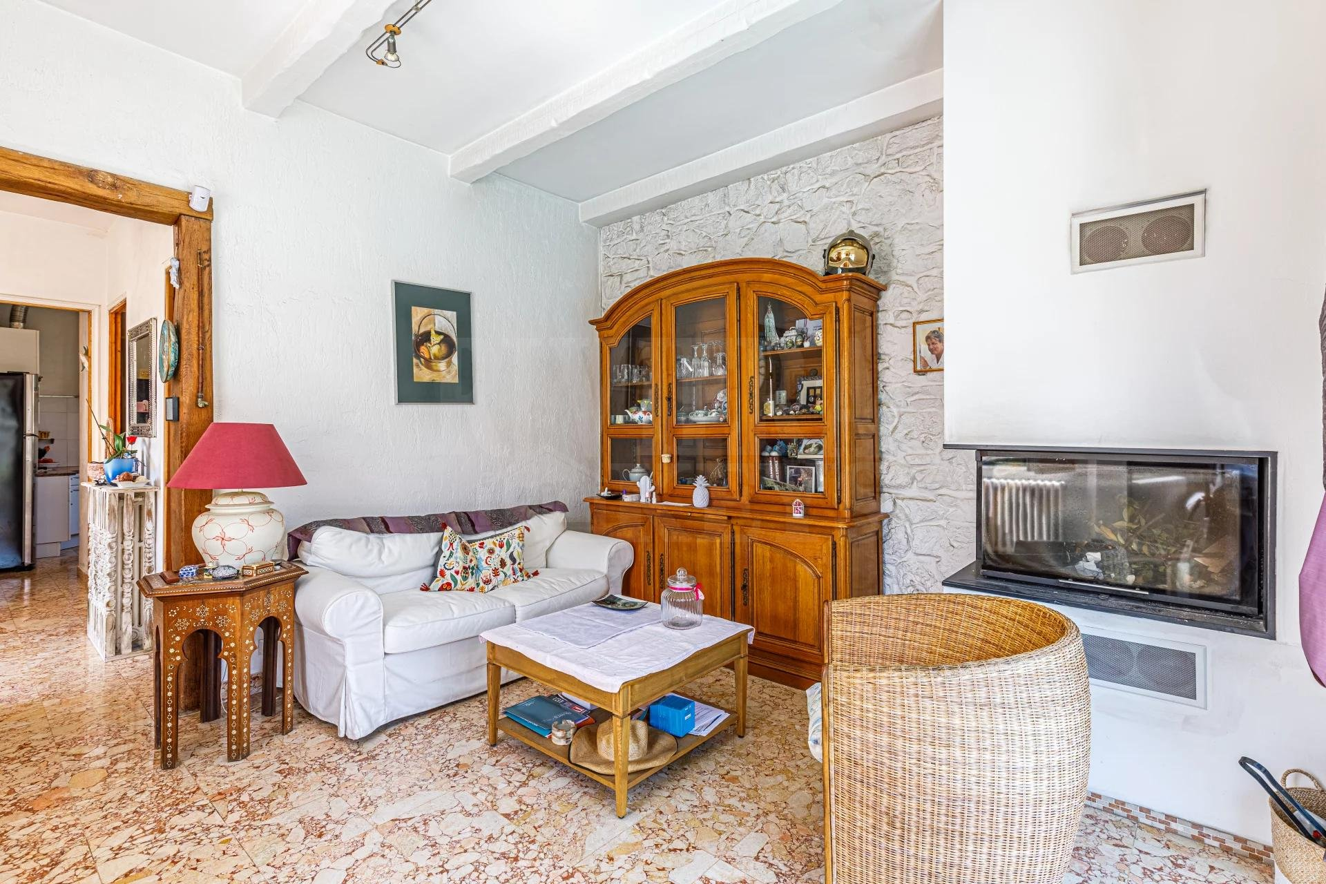Lovely villa, pool, separate apartment, town center in Golfe Juan