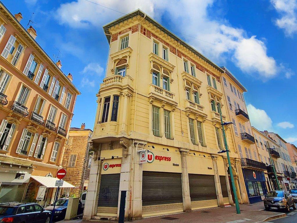 MENTON 2/3 Pièces 49 m² 820 €