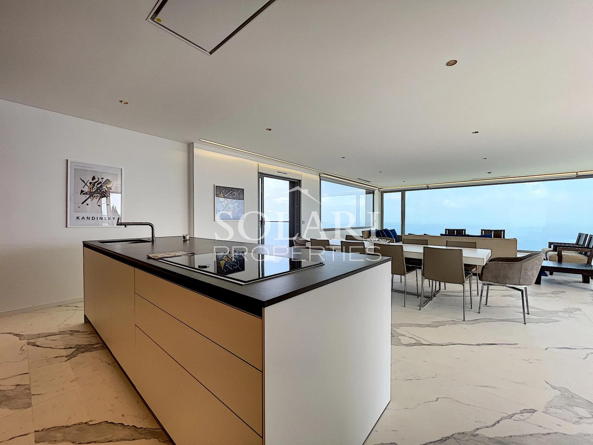 Contemporary villa - Panoramic sea view over the Cannes bay
