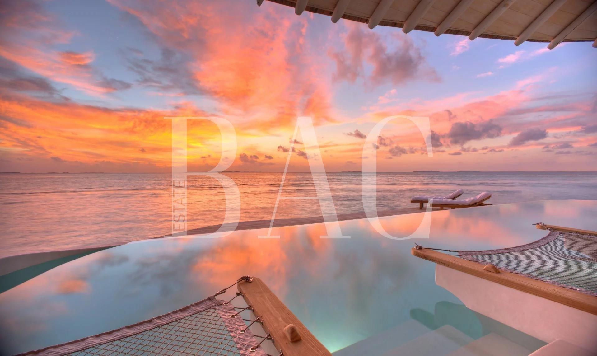Villa sur pilotis aux Maldives