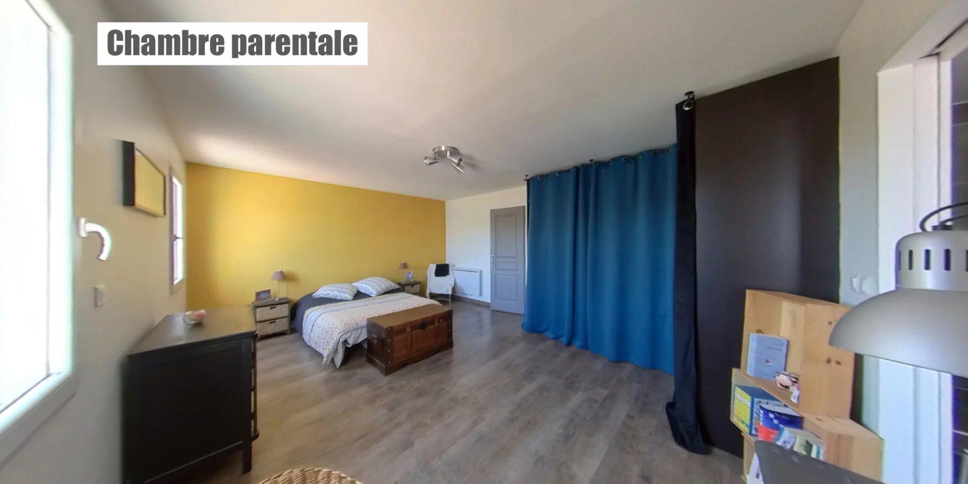 Villa 148 m² + piscine chauffée sur 1800 m²