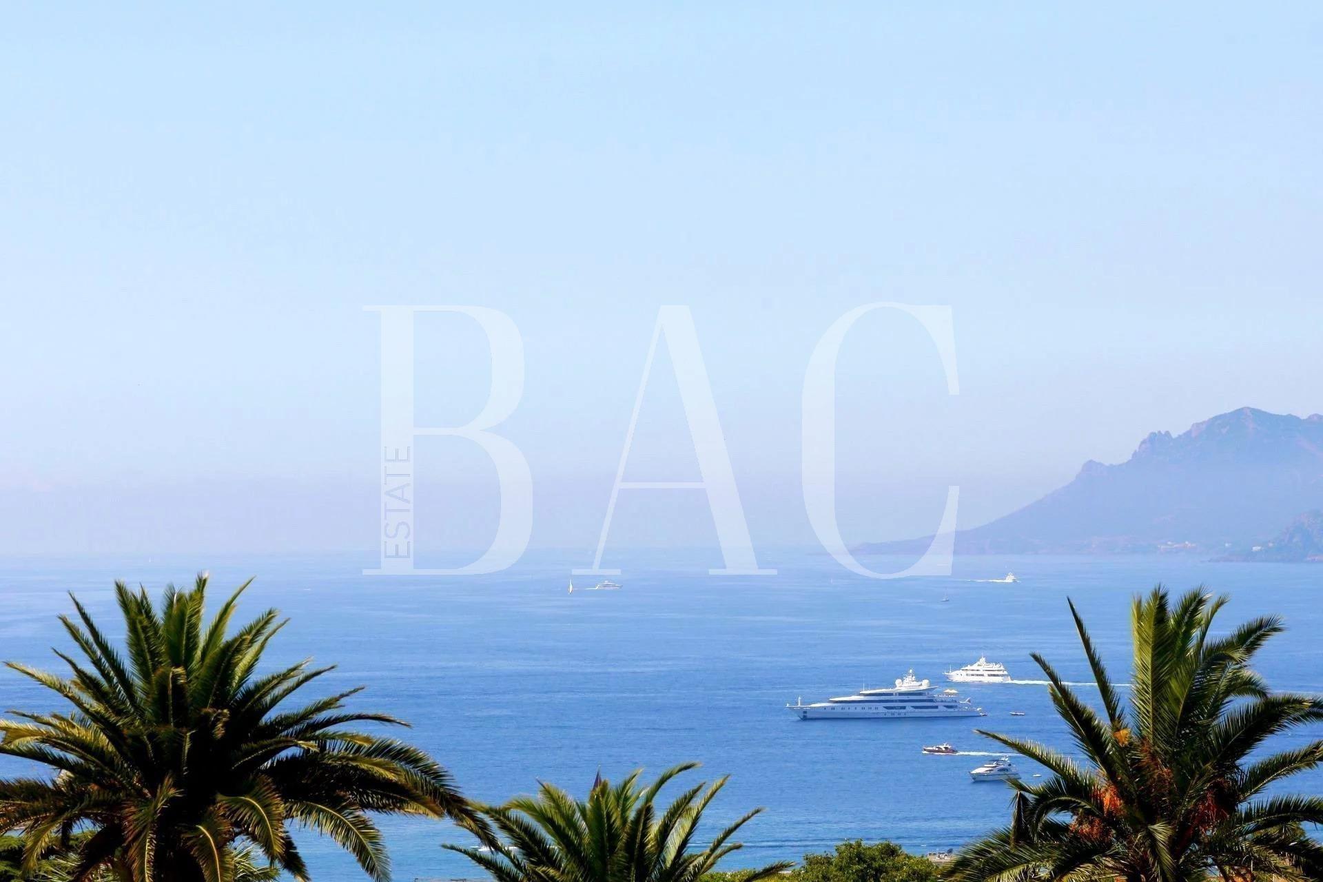 Cannes Basse Californie, a villa full of history.