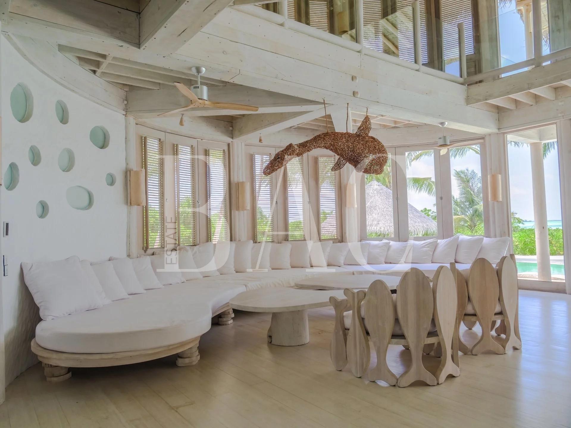 别墅在马尔代夫的一个岛上