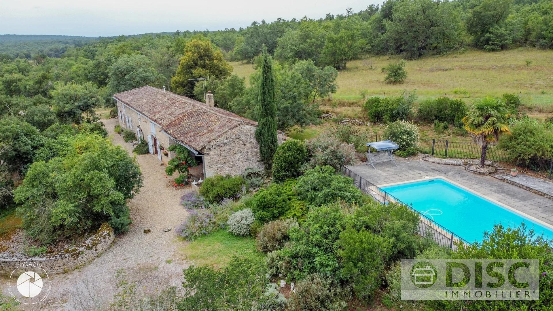 Beautiful longère with swimming pool.
