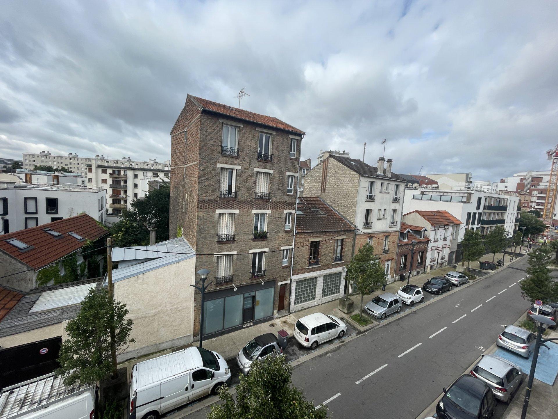 STUDIO 20m² Meublé refait à neuf en plein centre ville