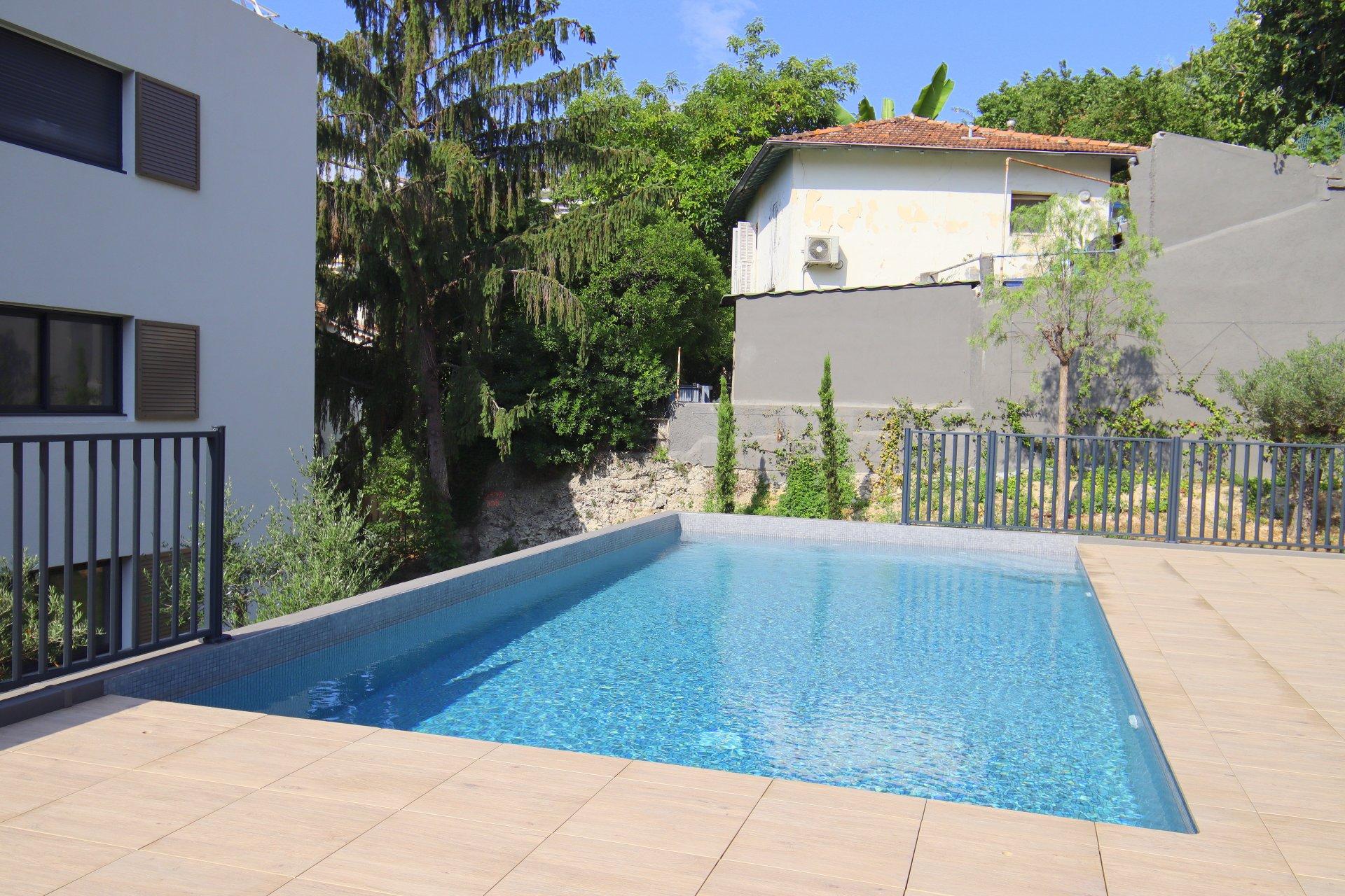 Nice St Sylvestre immeuble neuf piscine