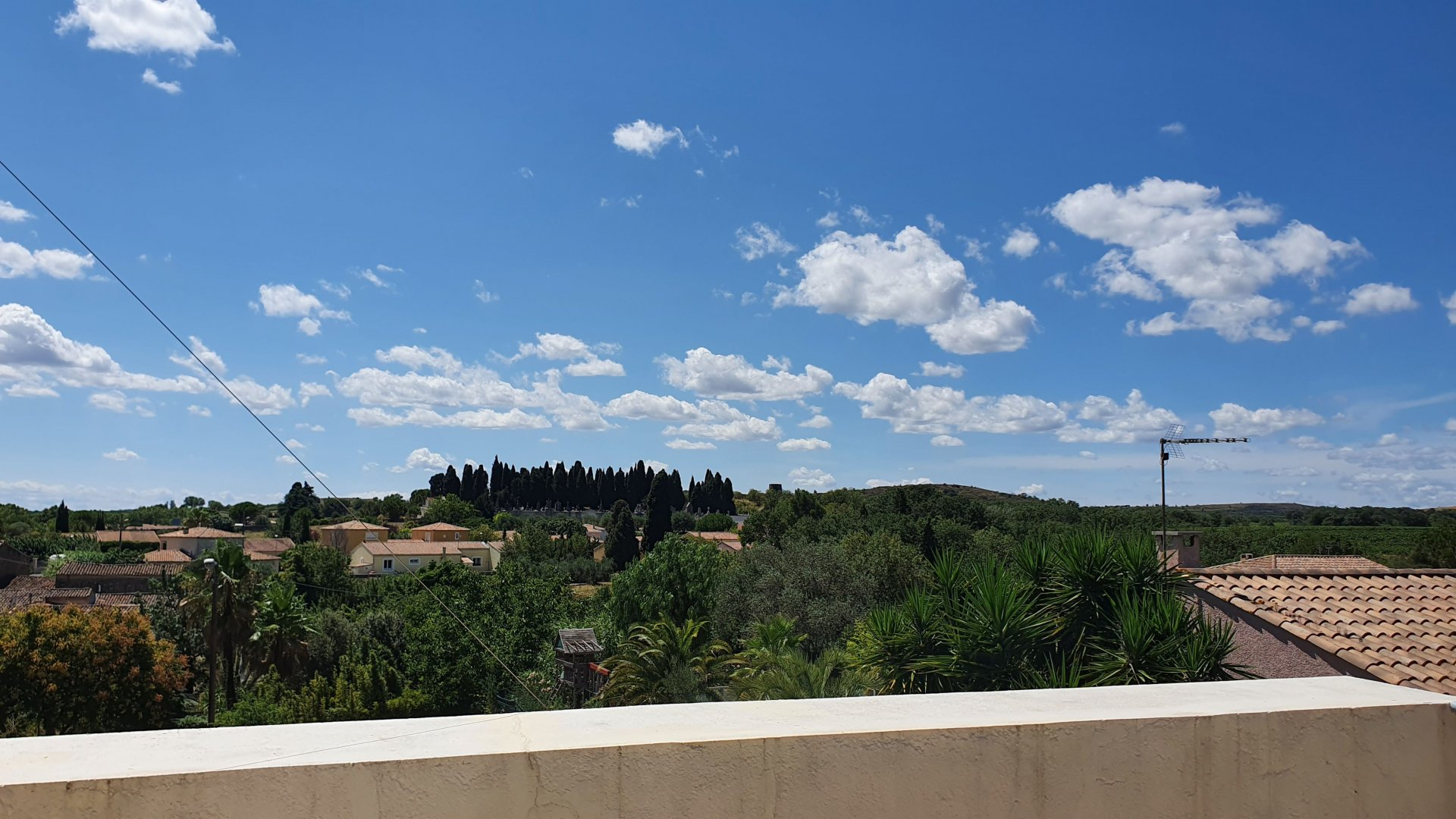 Rare! Private garden, 10m salt pool, 4 bedroom house with terraces and views, garage
