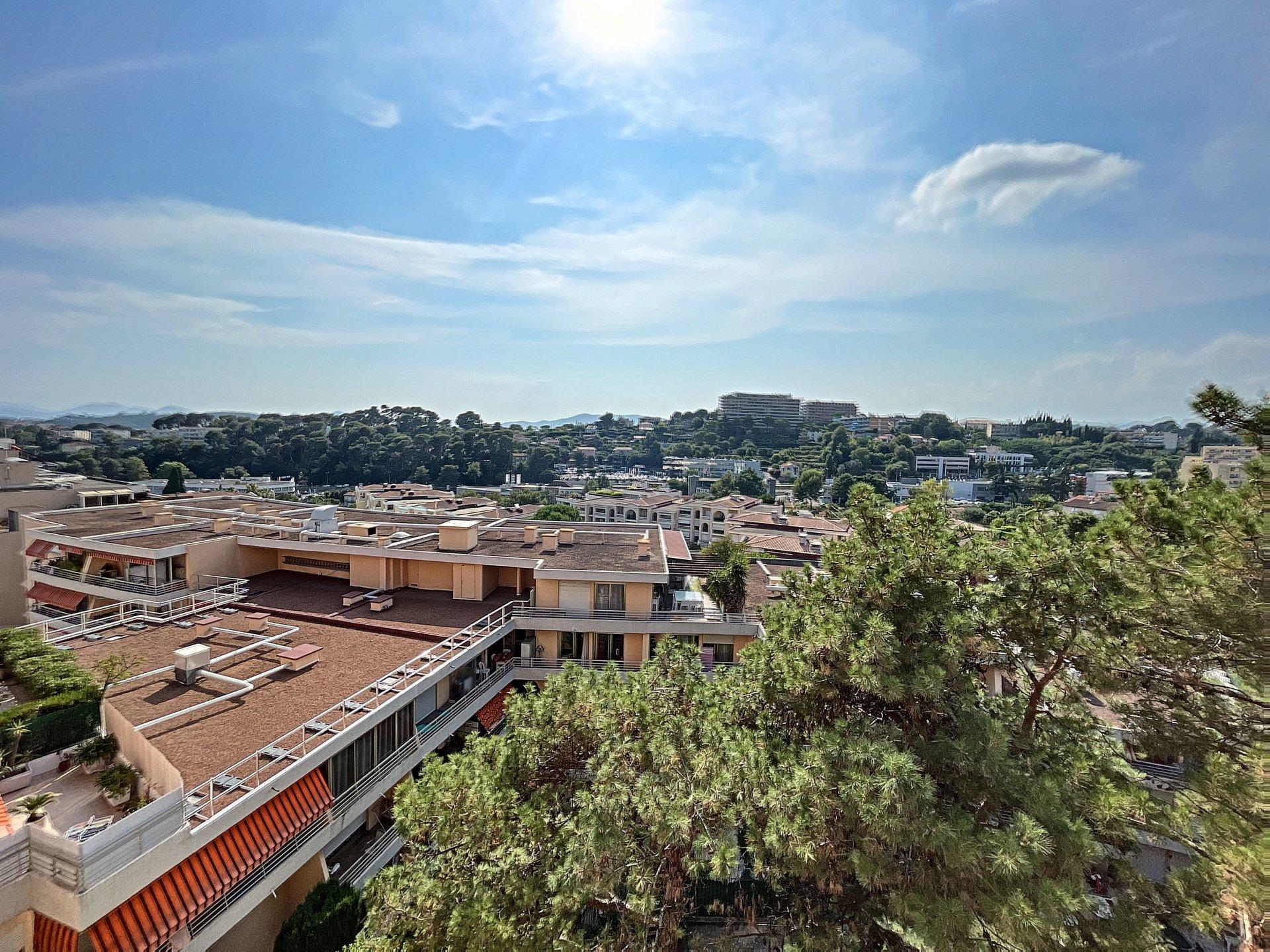 Exclusivité Le Cannet Mairie 4p avec Terrasse et Garage