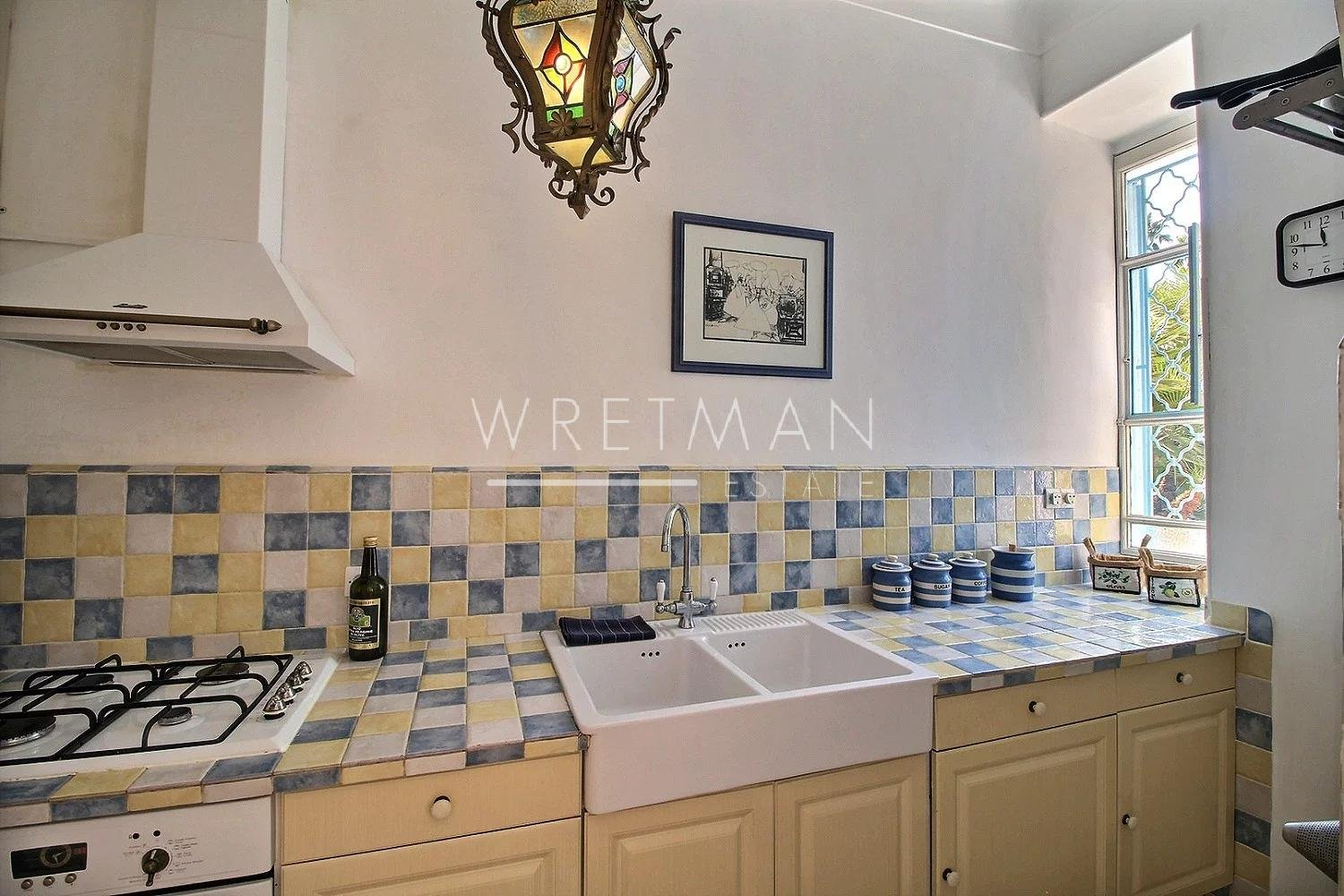 Spacious 2 bedroom apartment in the mythic Orient Palace - Menton Center