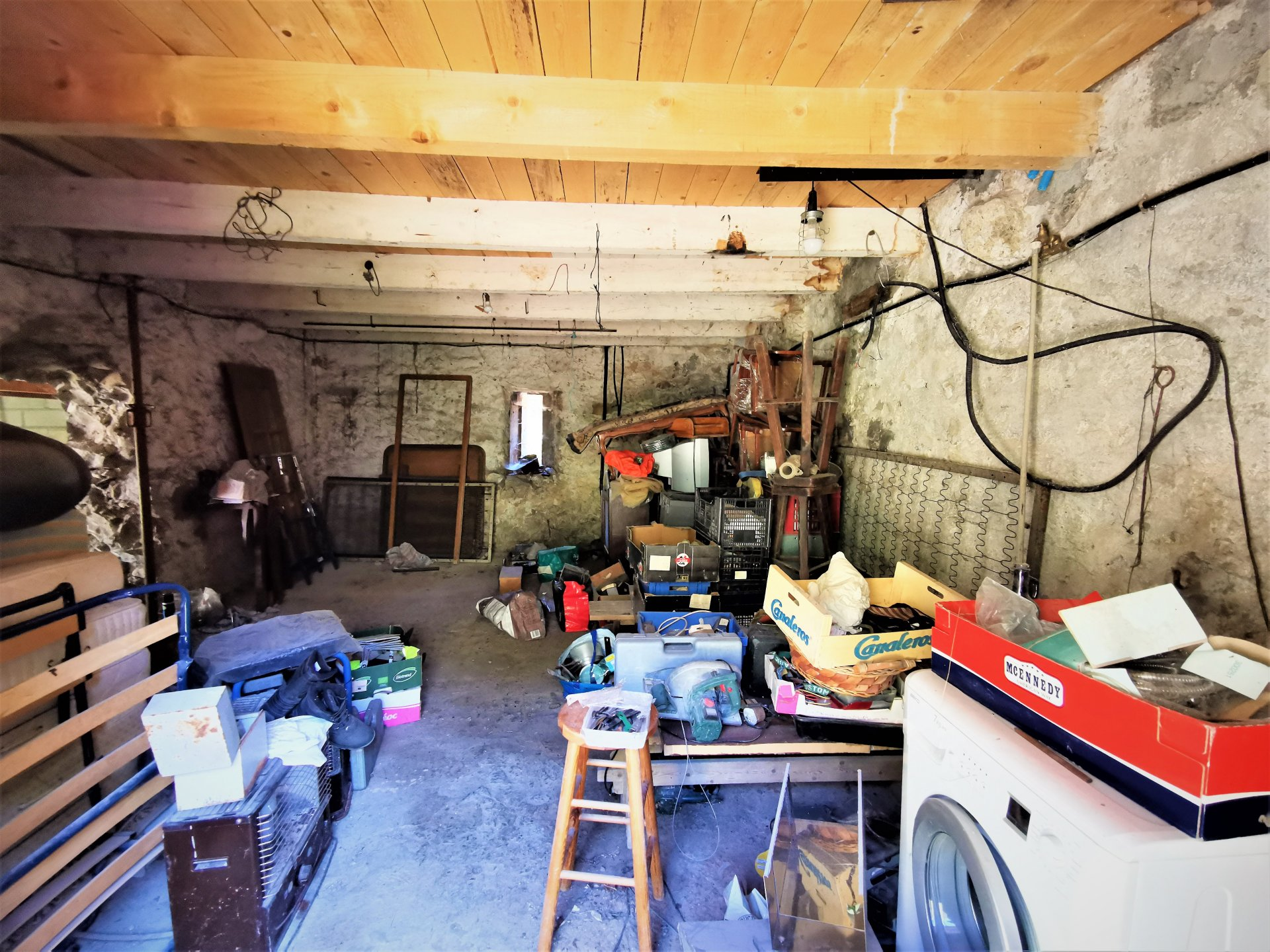 Sale House - Clans